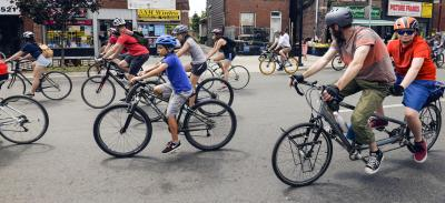 bells on danforth with tandem bike